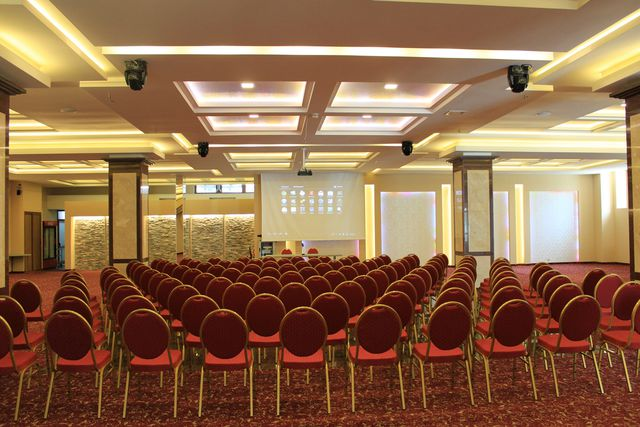 National Palace Hotel - Business facilities